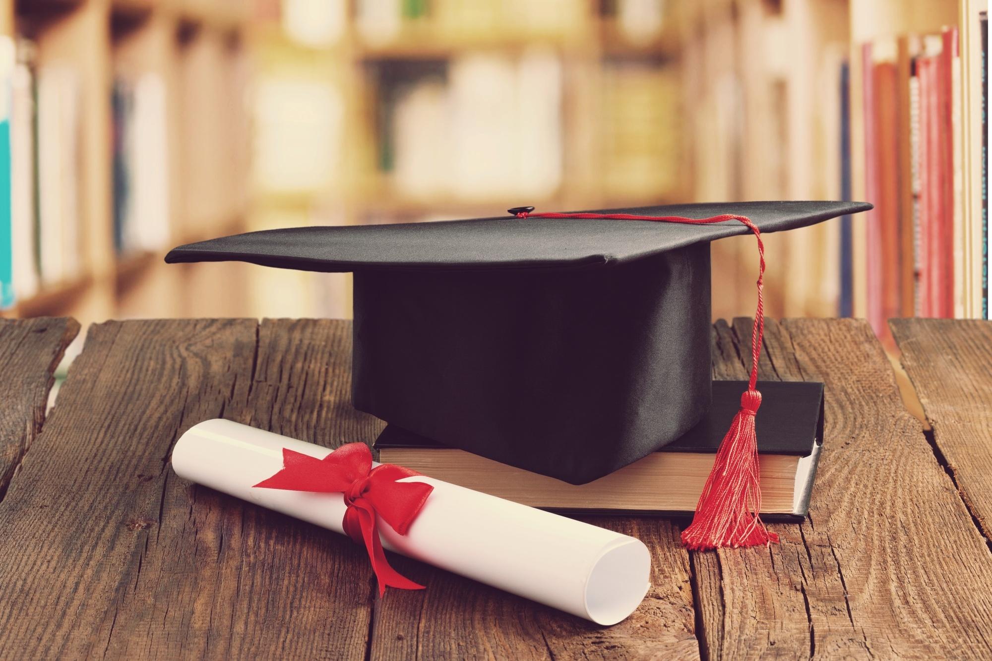 customerserv scholarship-1